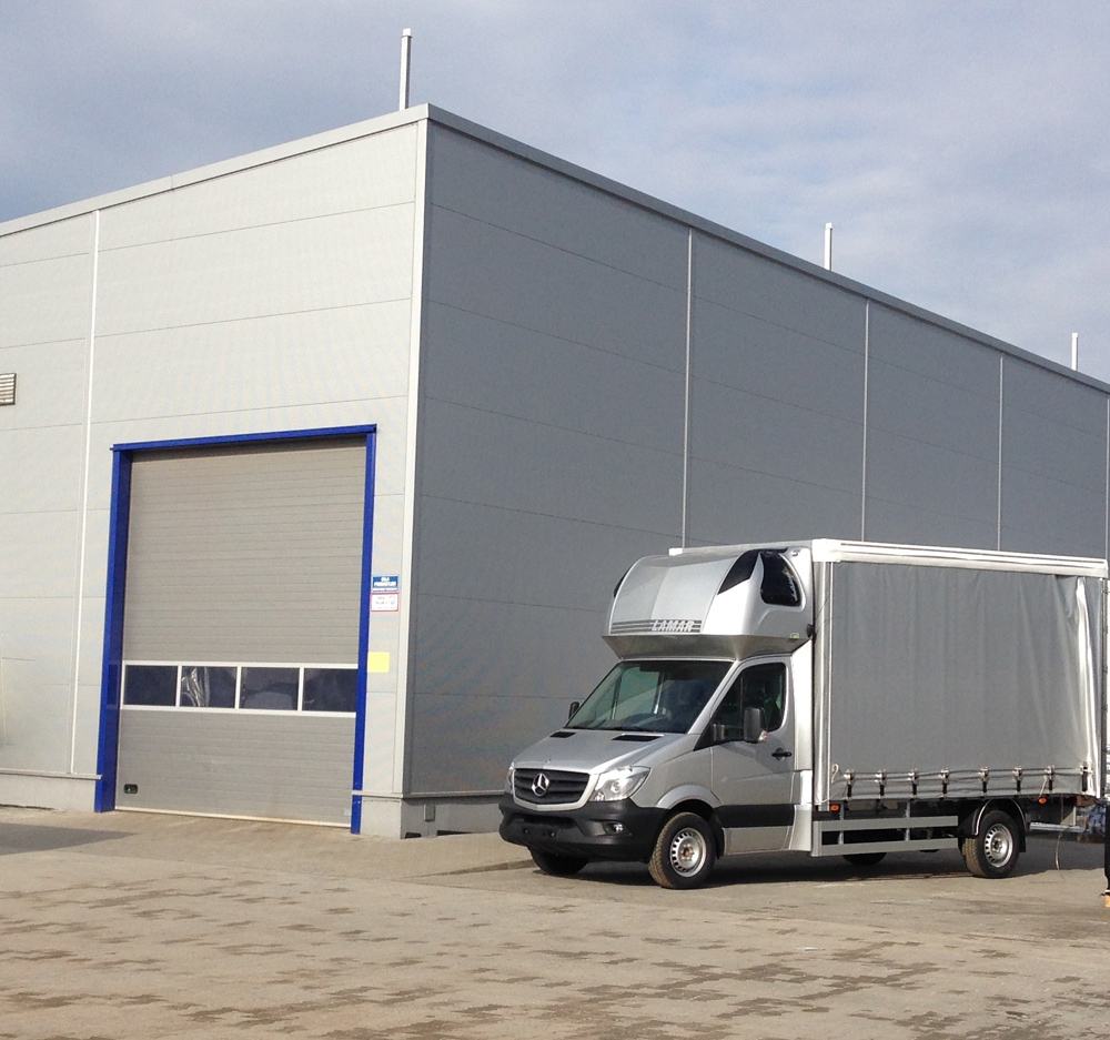 Bürocontainer Hersteller Polen : wir in europa pkw anh nger hersteller anh nger aufbauten blyss anh nger hersteller ~ Sanjose-hotels-ca.com Haus und Dekorationen