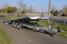 <strong>Lenka Free M 3-Achser</strong> Fahrzeugtransporter