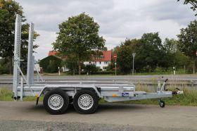 <strong>B30350/180</strong> Baumaschinentransporter