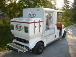 Elektroauto zum Verkauf von Hot Dogs, Heiß- und Kaltgetränken