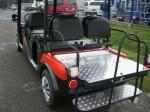 Melex TYP N.CAR 378 mit optionaler Variobank, Rückbank als zusätzliche Ladefläche umklappbar.